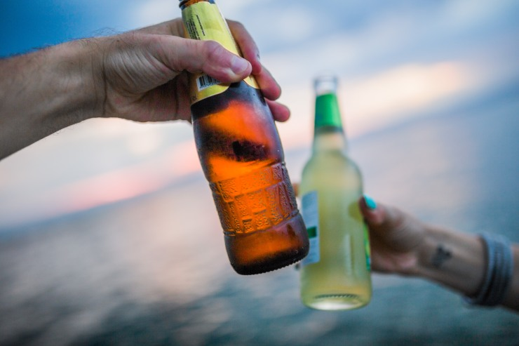 boss-fight-free-stock-high-resolution-images-photos-photography-two-drinks-beach